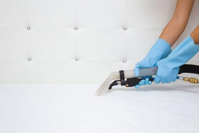how to clean a mattress topper