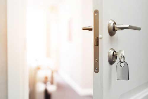 Facets of fixing door lock issues